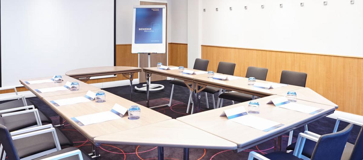 Novotel meeting rooms Heathrow Airport London